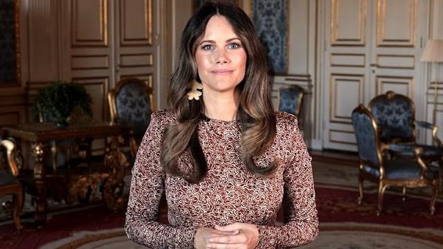 瑞典不良王妃生三胎后状态佳!裹碎花裙高贵大方,比梅根幸福N倍