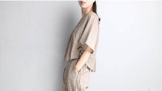 穿搭休闲时尚的棉麻套装,一宽松二遮肉三显瘦,彰显品味有气质