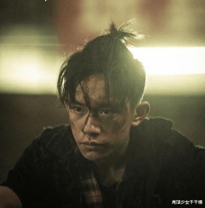 TFBOYS出道8年今非昔比,王俊凯千玺热衷演戏,只有他坚持初心
