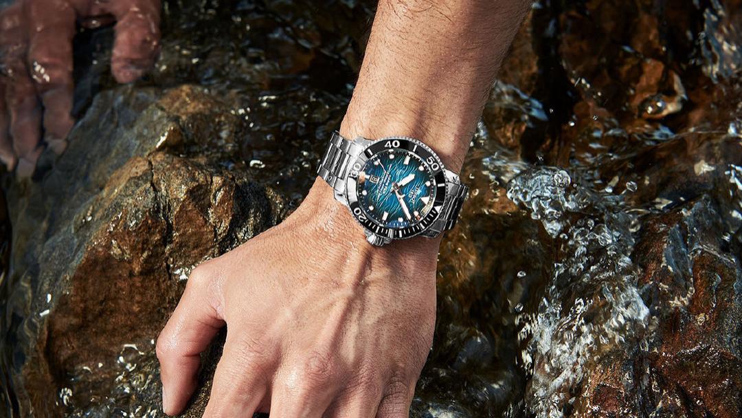 """手表钢带自己有想法?如何阻止""""黑化""""?"""