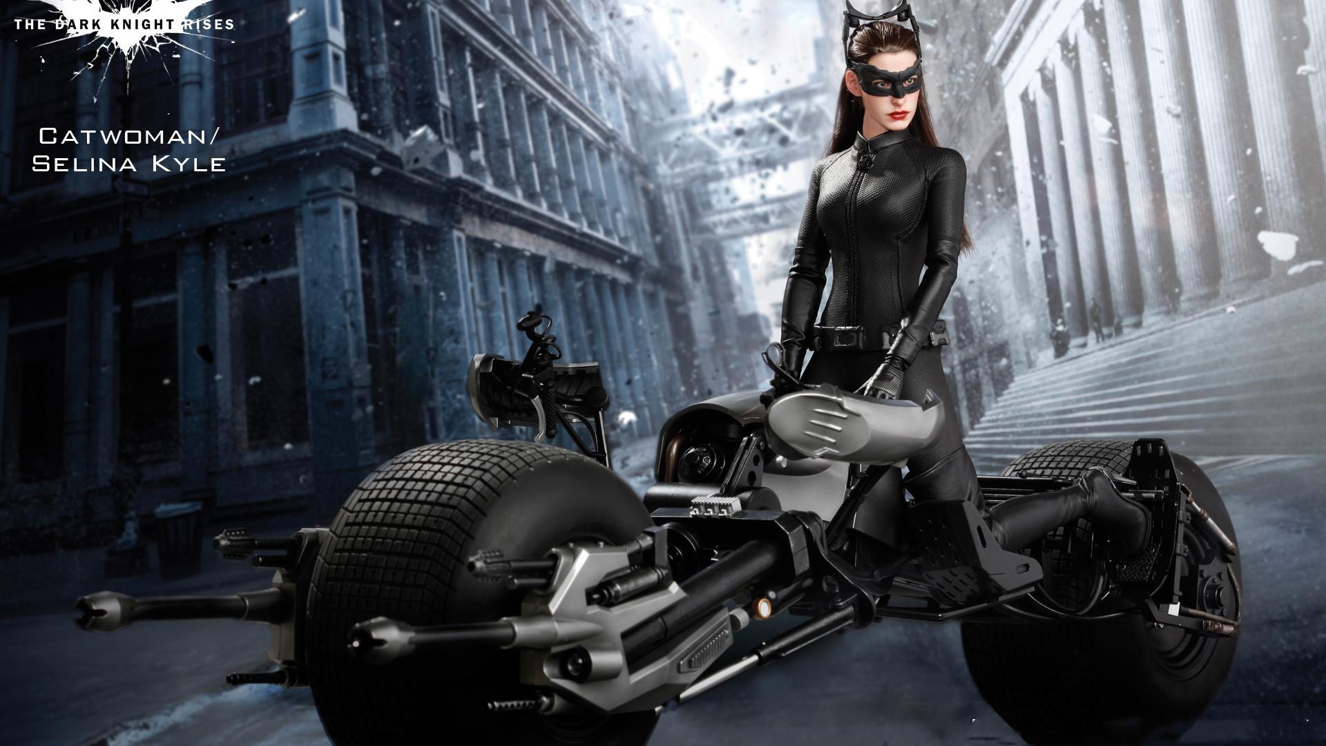 第二位蝙蝠侠登场,还有最新的蝙蝠摩托,《闪电侠》曝光新片场照