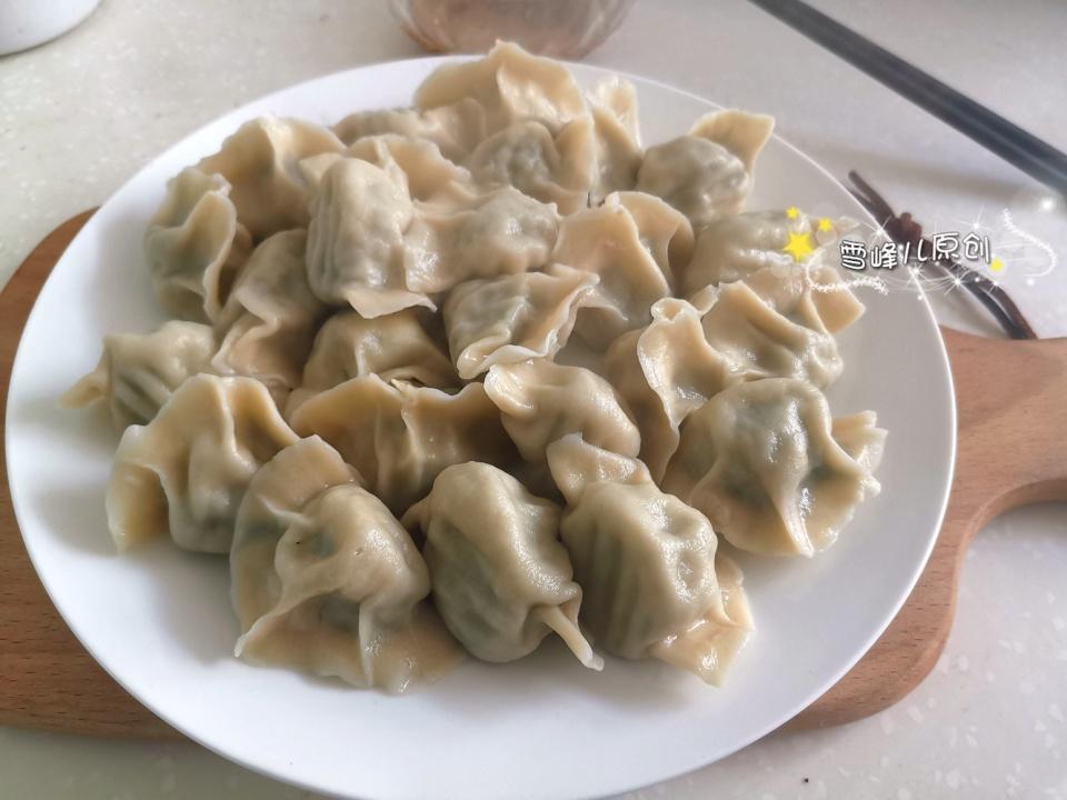 娱乐新新闻_炎天吃饺子这馅真好吃,皮薄馅大汤汁四溢,出锅连吃40个真过瘾