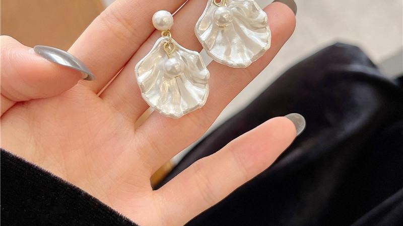 精致气质仙女贝壳耳环
