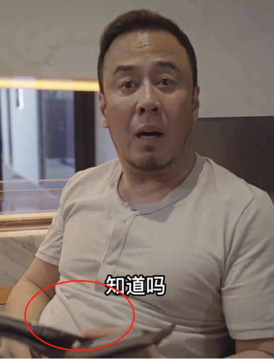 杨坤晒近况大肚腩抢镜,称刘德华是他偶像,曾说过刘德华不是歌手