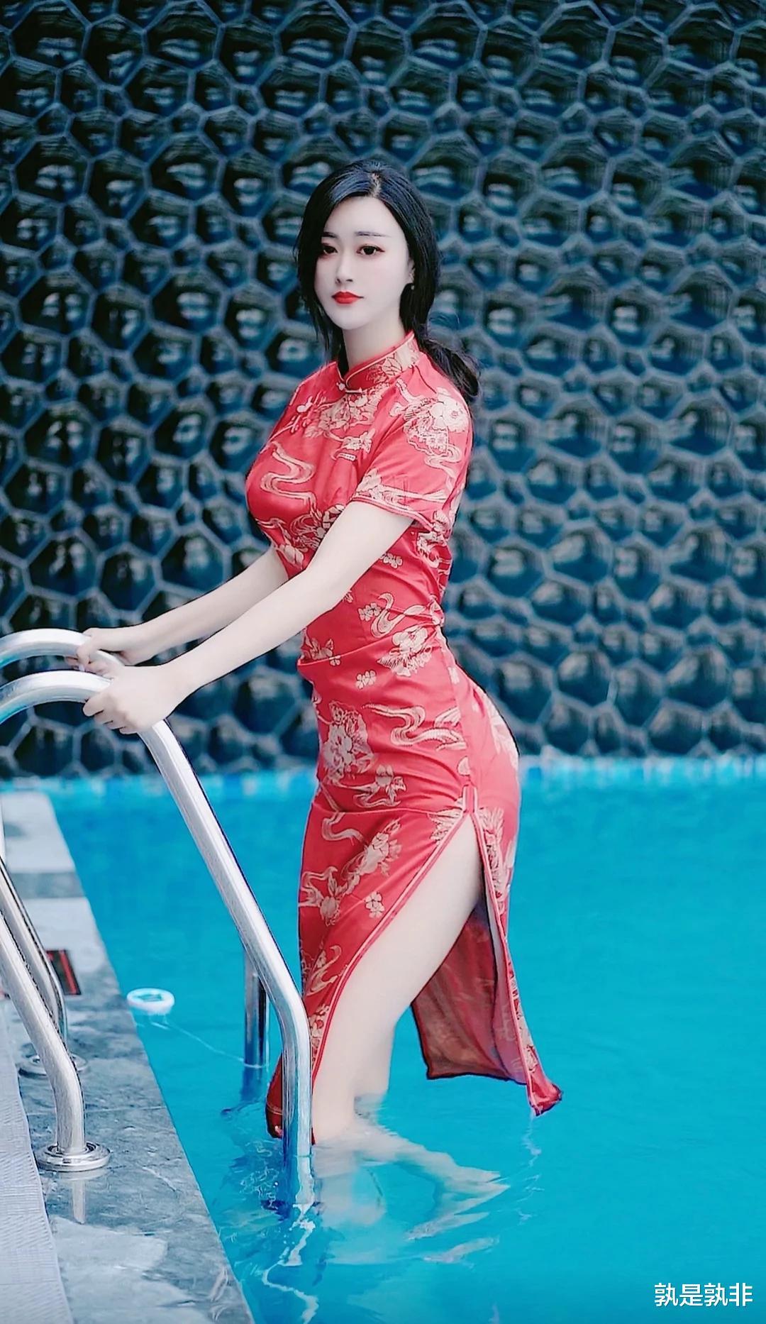 """高身近两米的网红旺旺,吸引粉丝七百多万,她诠释""""身高也是一种优势"""""""