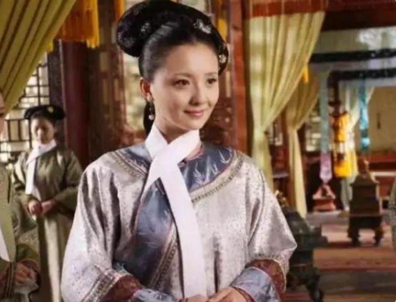 杨紫的母亲有多低调?原来是《甄嬛传》中的她,难怪女儿这么出色
