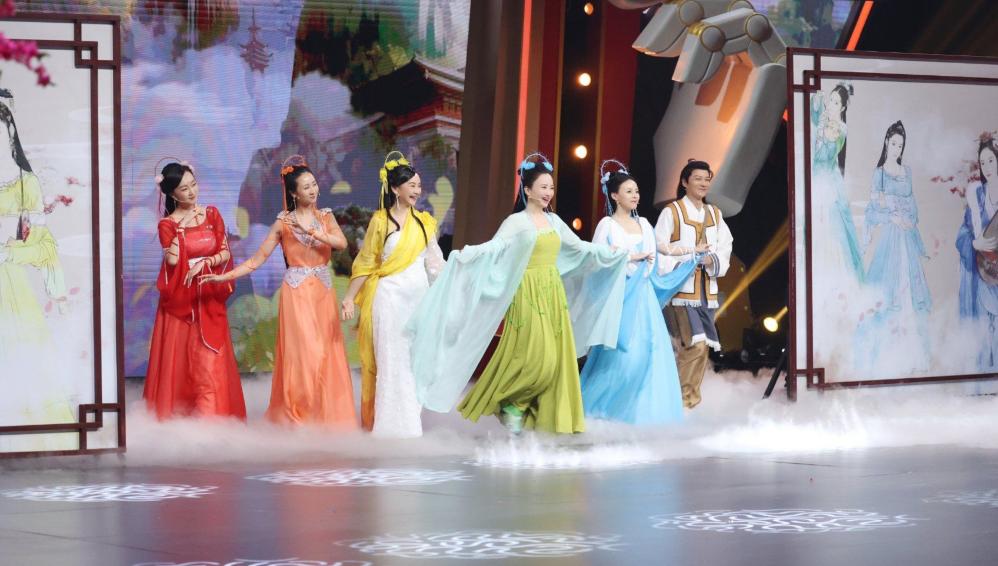 七仙女蓝儿爆《王牌》幕后花絮,看到录制时长,节目组做个人吧