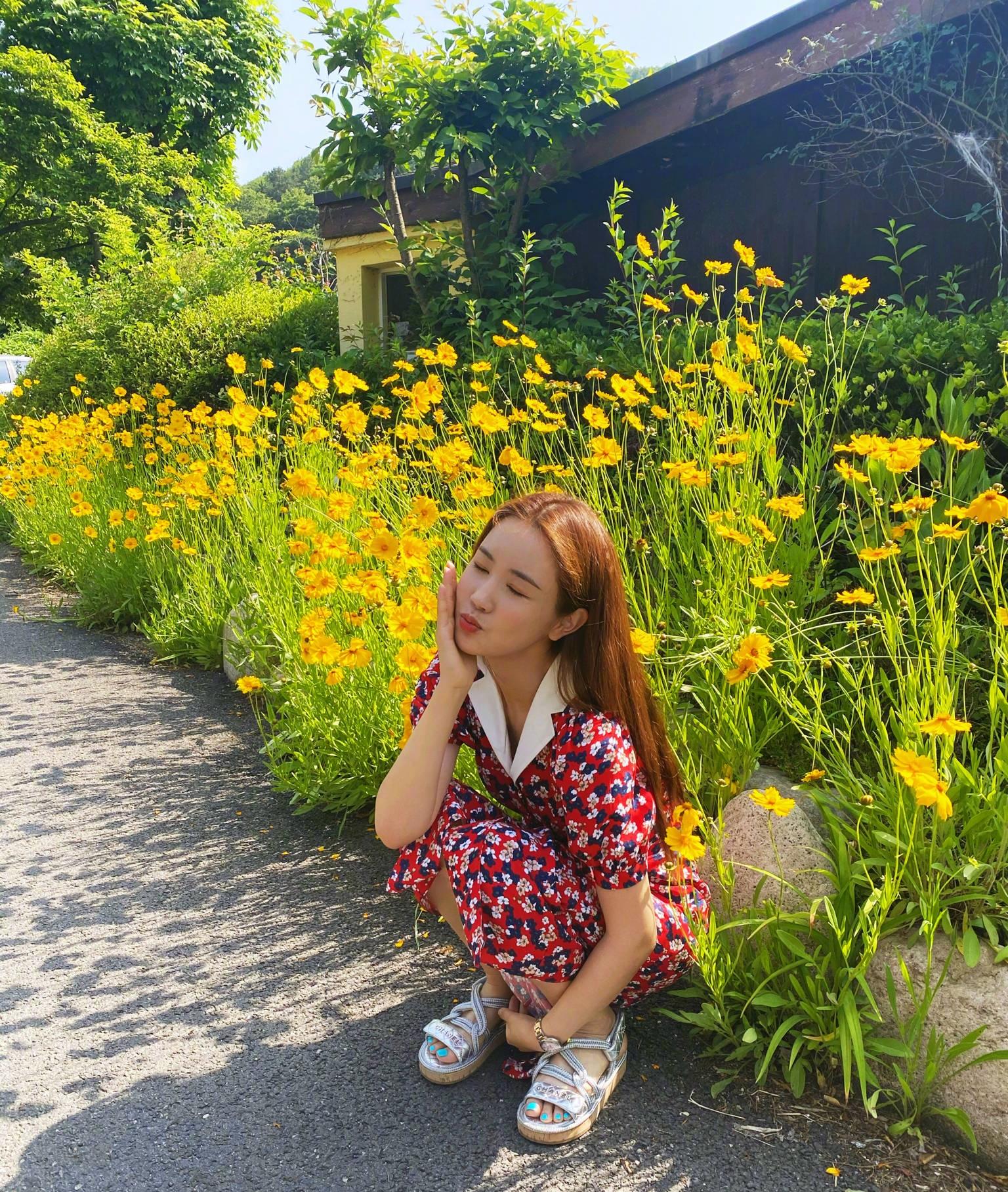 新闻与娱乐_李易峰唯一公然认可过的女友,因整容毁了事业,今38岁沦为网红