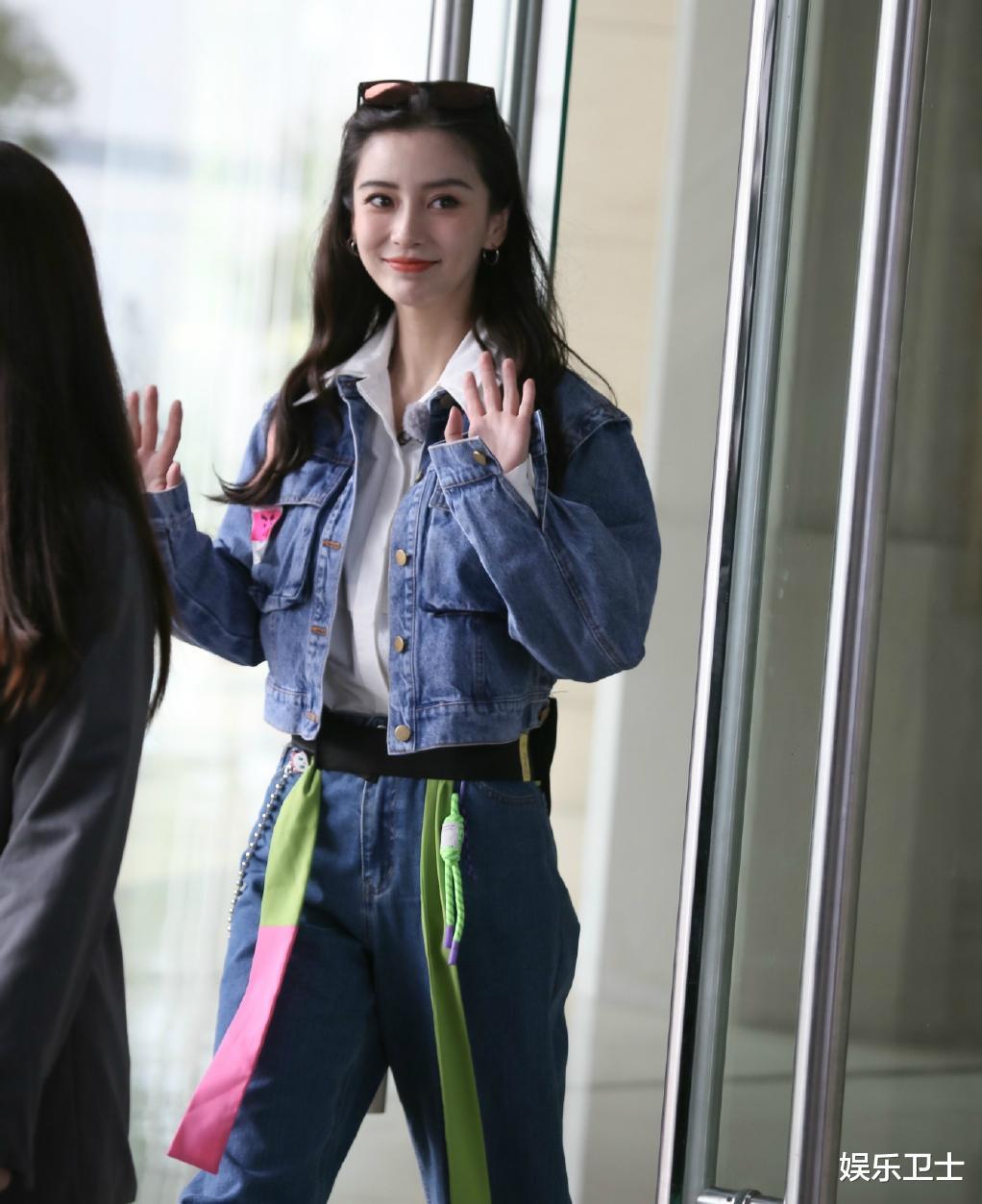 《奔跑吧9》录制路透,蔡徐坤站姐动作亮了,Angelababy好美,黄旭熙喜感十足