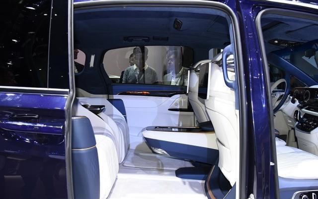 全新一代MPV车型,配4座太空舱,空间档次不输埃尔法