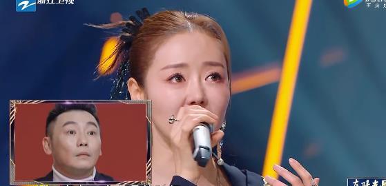 尚雯婕、安又琪合唱超女主题曲,师妹变老师,开导师姐很通透