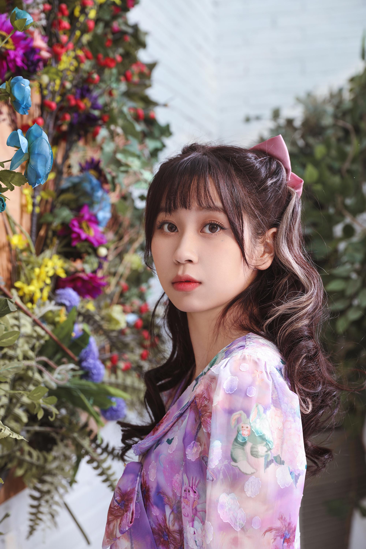 高秋梓新歌及MV同步上线《甜蜜代码》谱写春日恋曲
