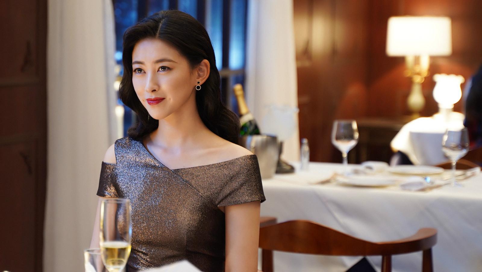 新闻娱乐频道_延续八年入榜全球最美面貌,朱珠为何不火?今竟靠女配秒杀刘亦菲