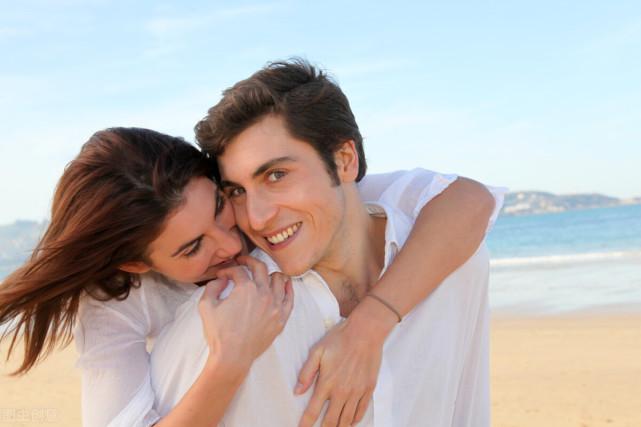 60岁男人发生婚外情后,对情人的好感能持续多久?3个人这样回答