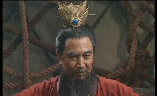 曹操和刘秀比照,谁更凶猛?为何曹操没能完成统一呢?