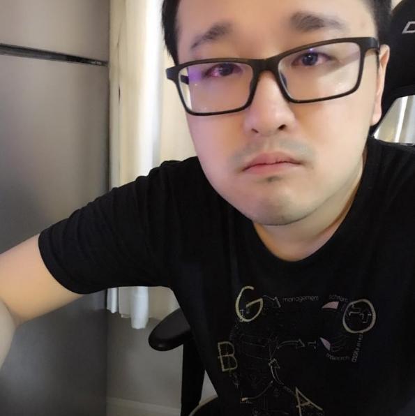 《【煜星娱乐集团】宁王暗示IG战术不行?解说多次谈起Shy哥:猴子压刀却是劣势?》