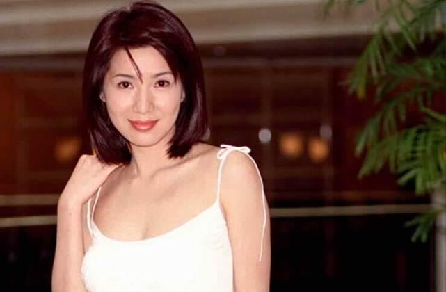 美貌不输邱淑贞,旧日性感女神酒驾入狱,消逝15年近况惊人
