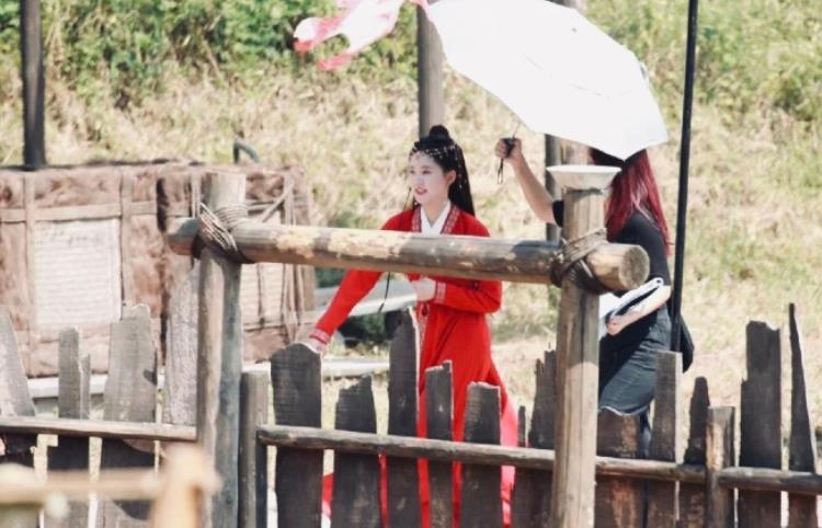 赵露思的古装不会让人失望,《国子监》路透来袭,桑祁造型好美