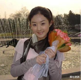 从杨幂到赵丽颖,她们离婚的底气十足!杨颖为何不敢官宣离婚?