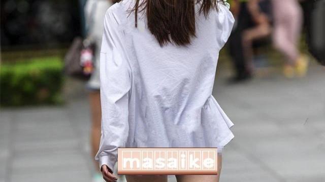 一名穿内裤聊城女孩在逛街引发热议,有人说她时尚,有人说她生病