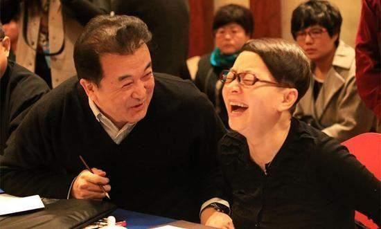 20次登春晚,和赵本山齐名,还开车撞过人,郭达如今怎么样了?