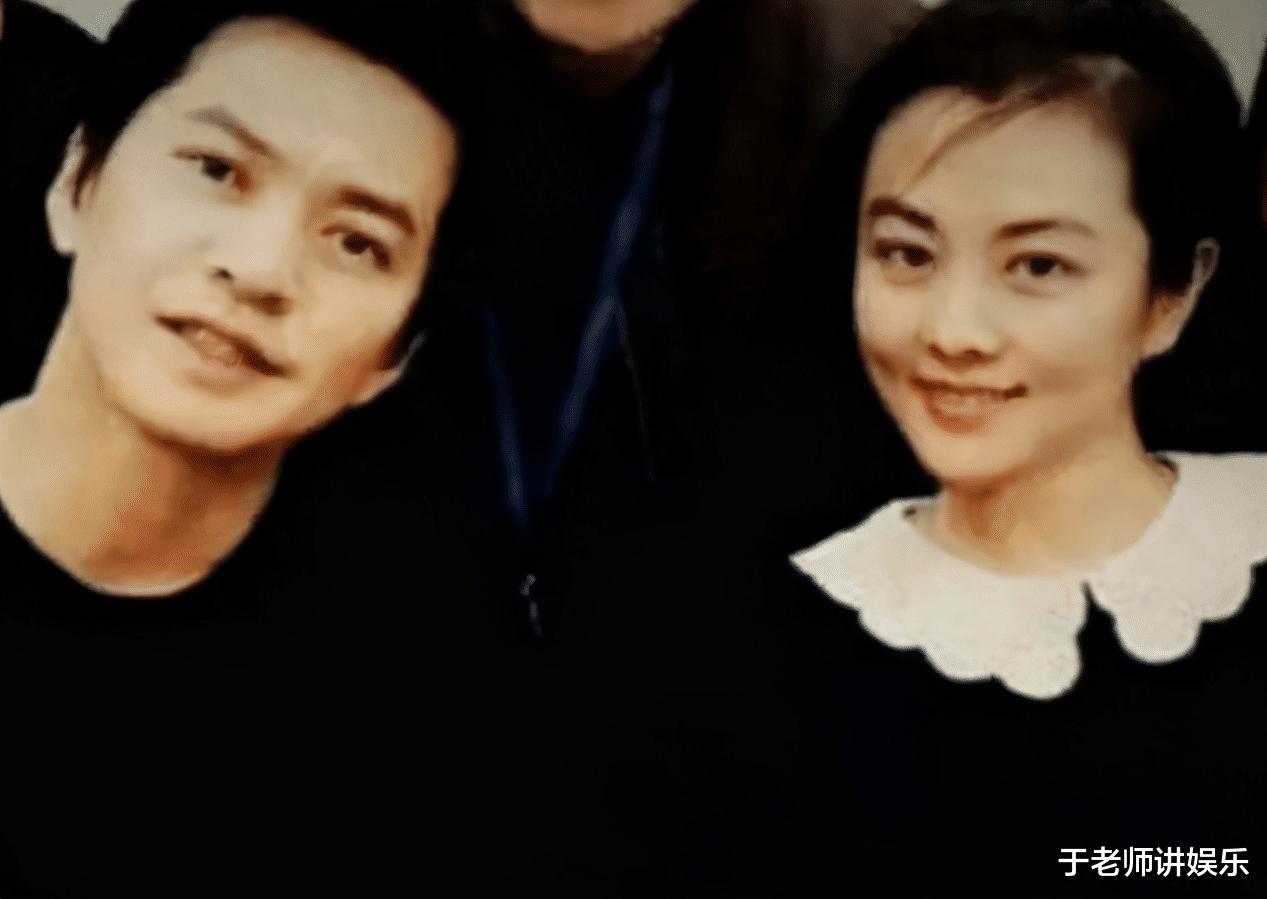 歌手李健的妻子首次曝光,长相跨越杨幂赵丽颖,照样清华博士_娱乐新闻稿