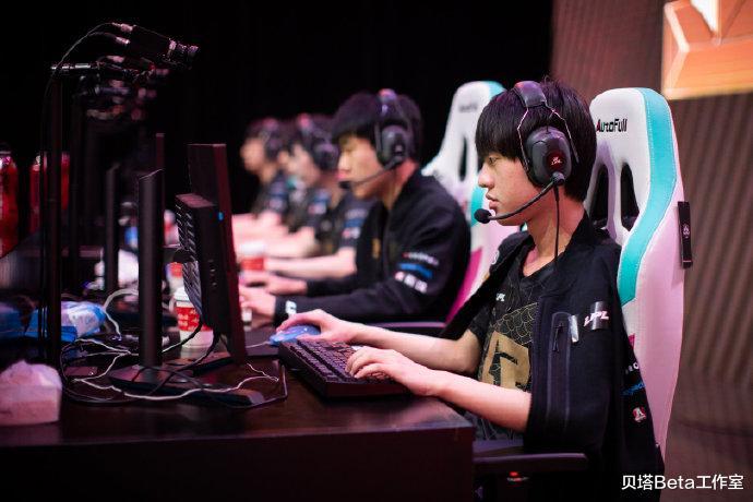 疯狂诋毁RNG!海外网友嘲讽:外卡选手顶着200ping,暴打RNG四人 - 游戏资讯(早游戏)