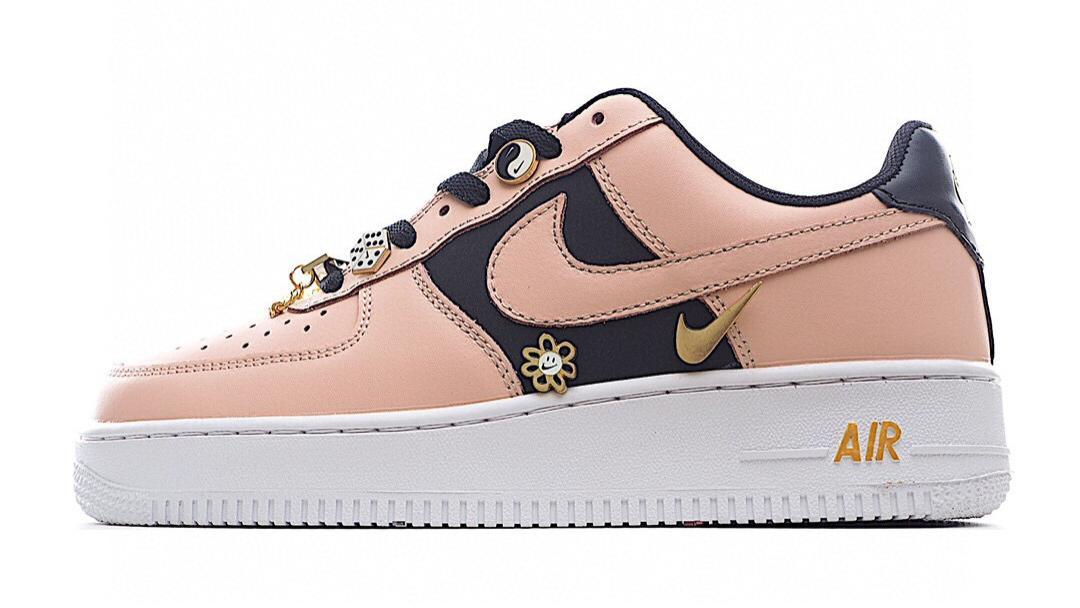 Nike Air Force 1 Low空军一号 粉黑色 可拆卸金属饰品