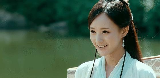 任嘉伦新剧刚开播,《请君》就官宣,开拍前女主李一桐被换成李沁