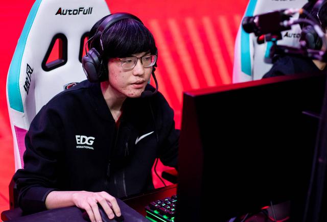 《【天游代理平台】7的传承?jiejie选出乌迪尔赢下比赛,打出的伤害却让大家都笑了》