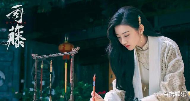 景甜才是艳压高手?她跟刘亦菲五次同框只输过一次