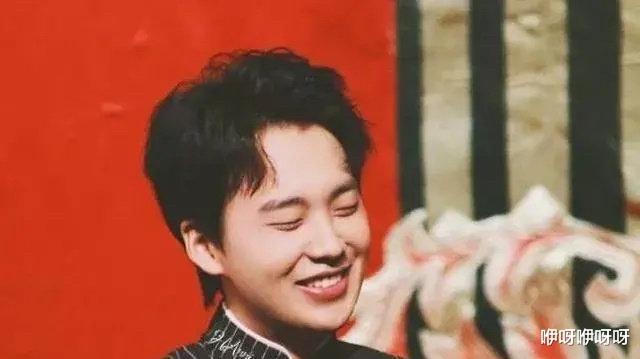 先后被易烊千玺,白敬亭表示想要交朋友的他,到底是什么宝藏男孩啊!
