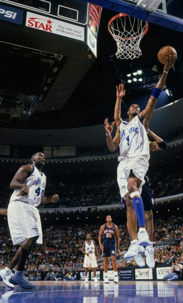 要道NBA汗青上打球最酷最漂移的球员, 他完整能够零丁一档了