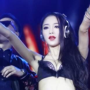 美女热舞社官方频道