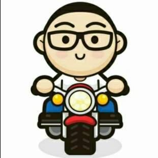 骑着摩托吃肉肉