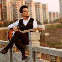 三哥电吉他