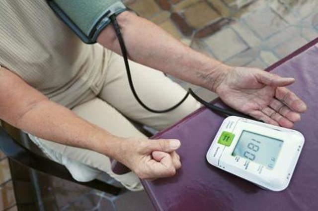 老年人高血压吃什么好?中老年降压食物有这些!
