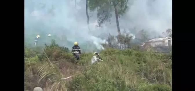 广西一家人扫墓烧炮烧了几个山头, 当事人被刑拘