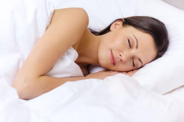 睡觉的时候流口水,说明什么问题?医生告诉你真相!