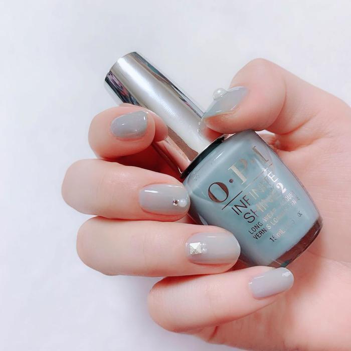 5款「宁静灰蓝」指甲油推荐,显白又温柔,甜美日系必备(图13)