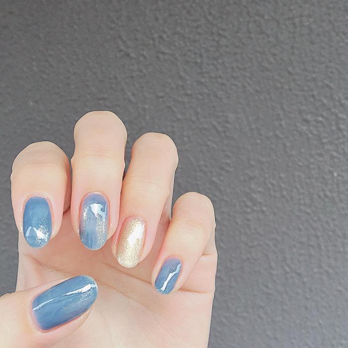 5款「宁静灰蓝」指甲油推荐,显白又温柔,甜美日系必备(图3)
