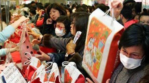 """在国内卖不动""""垃圾货"""",让日本人加价也要买,为国人脸上争光"""