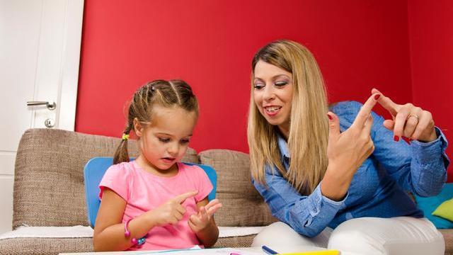 """怎样给孩子数学启蒙?掌握""""凑十法"""",算数能力越来越棒"""