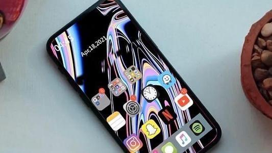 iPhone13概念機:這樣的直面屏永不過時,但勸你現在別換iPhone12