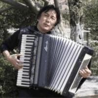 欢乐的手风琴