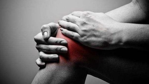 """痛風都是""""吃""""出來的,骨科醫生:4個習慣再不戒,離輪椅不遠了"""