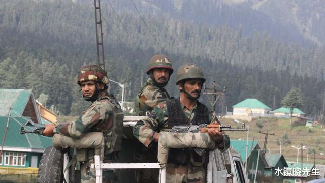 邊境大戰突然爆發,大批炮彈猛烈砸向印度陣地,已有71人被炸死-圖4