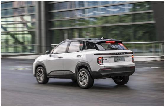 新寶駿的SUV贏瞭,一身科技,可自動駕駛,比瑞虎5x好才8萬-圖2