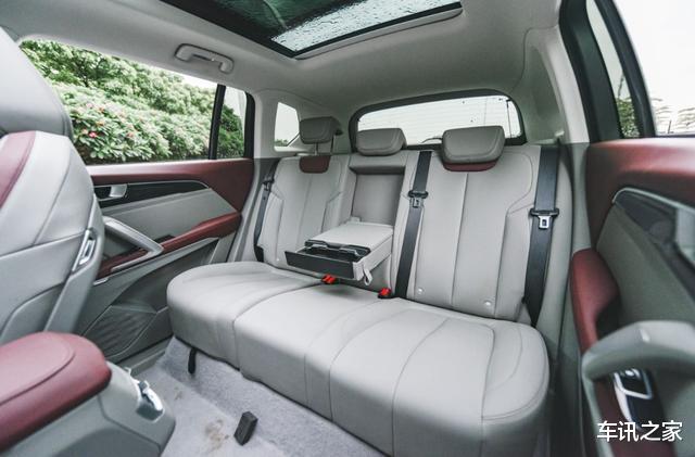 9萬多的精品SUV,強勁動力低油耗,空間可媲美奇駿-圖3