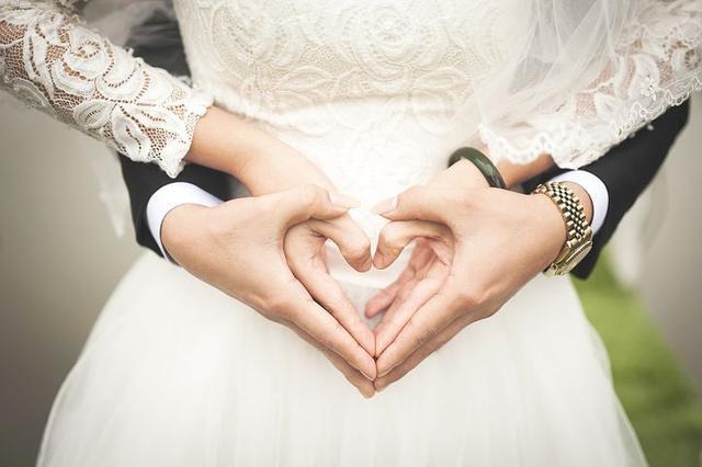 """""""我怎麼嫁瞭你這樣一個男人"""",如願以償離婚後,她毀斷瞭腸-圖2"""
